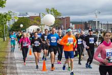 Juoksijoita Finlandia Marathonilla 2017