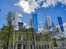 Jyväskylän kaupungintalo ja Jyväskylä-liput toukokuussa