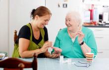 Kotihoito tukee ikäihmisen omassa kodissa asumista