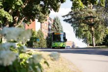 Linkki-linja-auto Viitaniemessä kesällä.