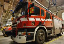 Paloauto valmiina lähtöön paloasemalla.