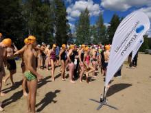 Pohjoismainen ystävyyskaupunkivaihto avovesiuinti Vaajakoskella