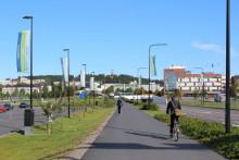 Pyöräilijöitä rantaväylällä