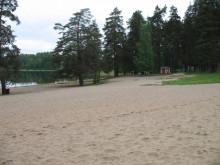 Tuomiojärven uimaranta