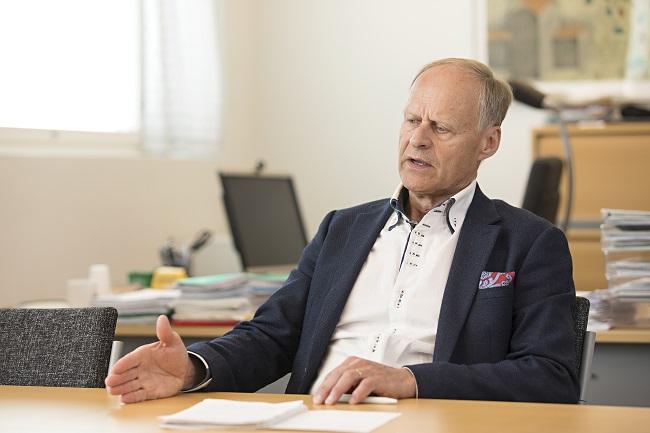 Esko Eriksson kertoo Tilapalvelun toiminnasta